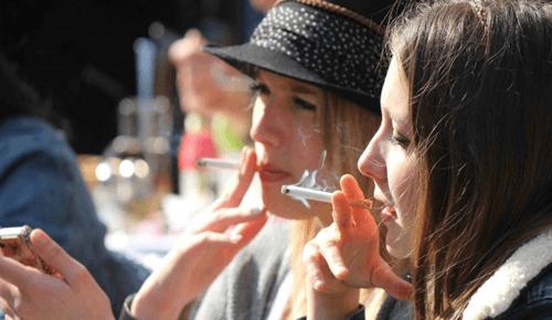smoking-Hungary