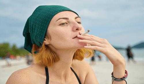 smoking-women-story