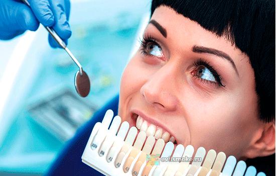 Фото - Определяют цвет зубов