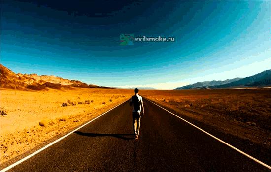 Фото - Человек и длинная дорога
